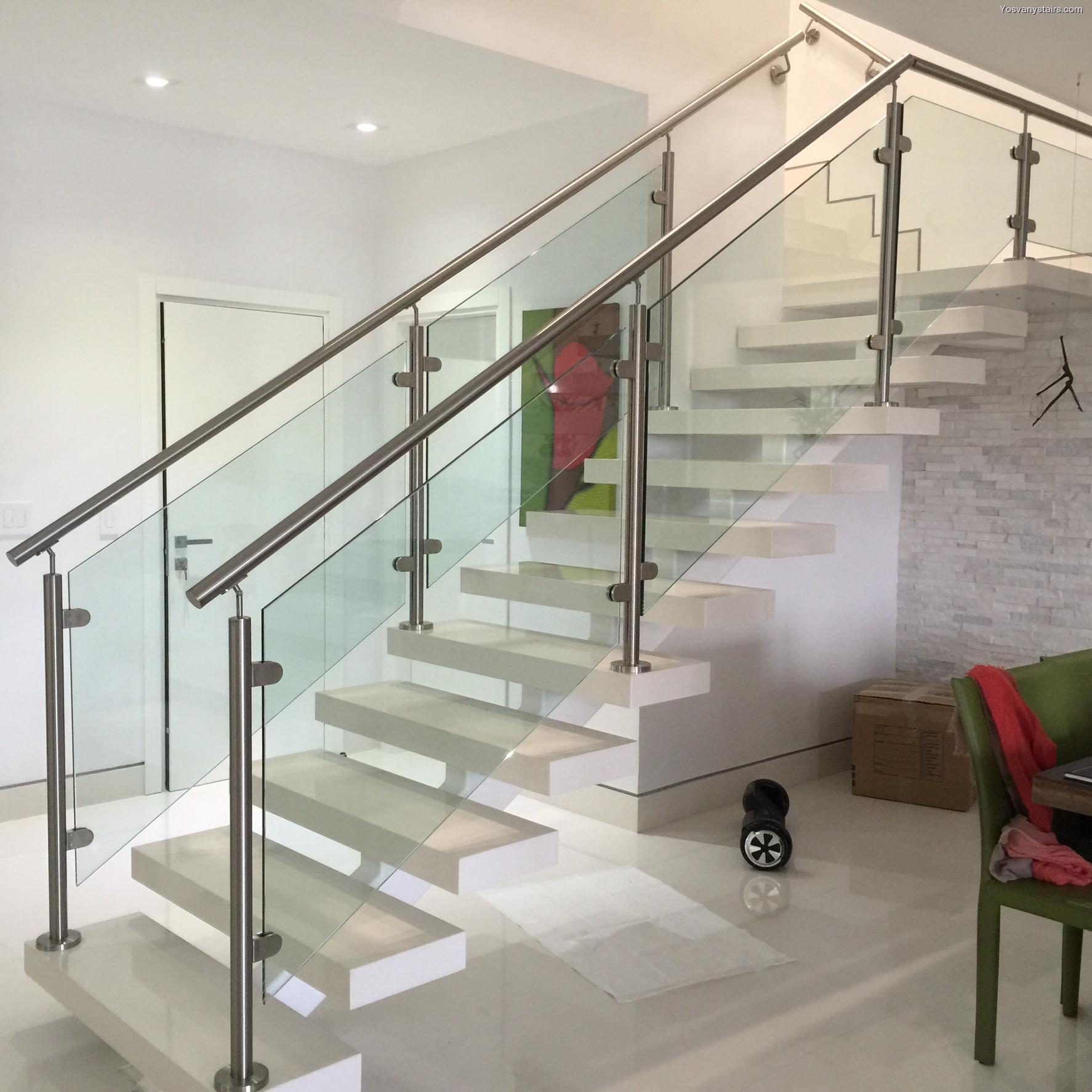 Instalar y remodelar escaleras de barandas de cristal en miami - Baranda de cristal ...